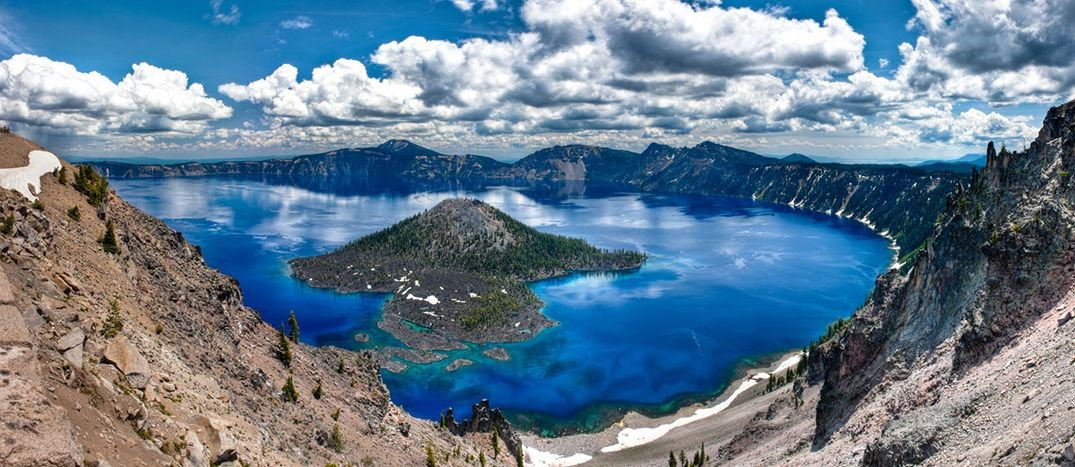 Photo of Crater Lake in Oregon